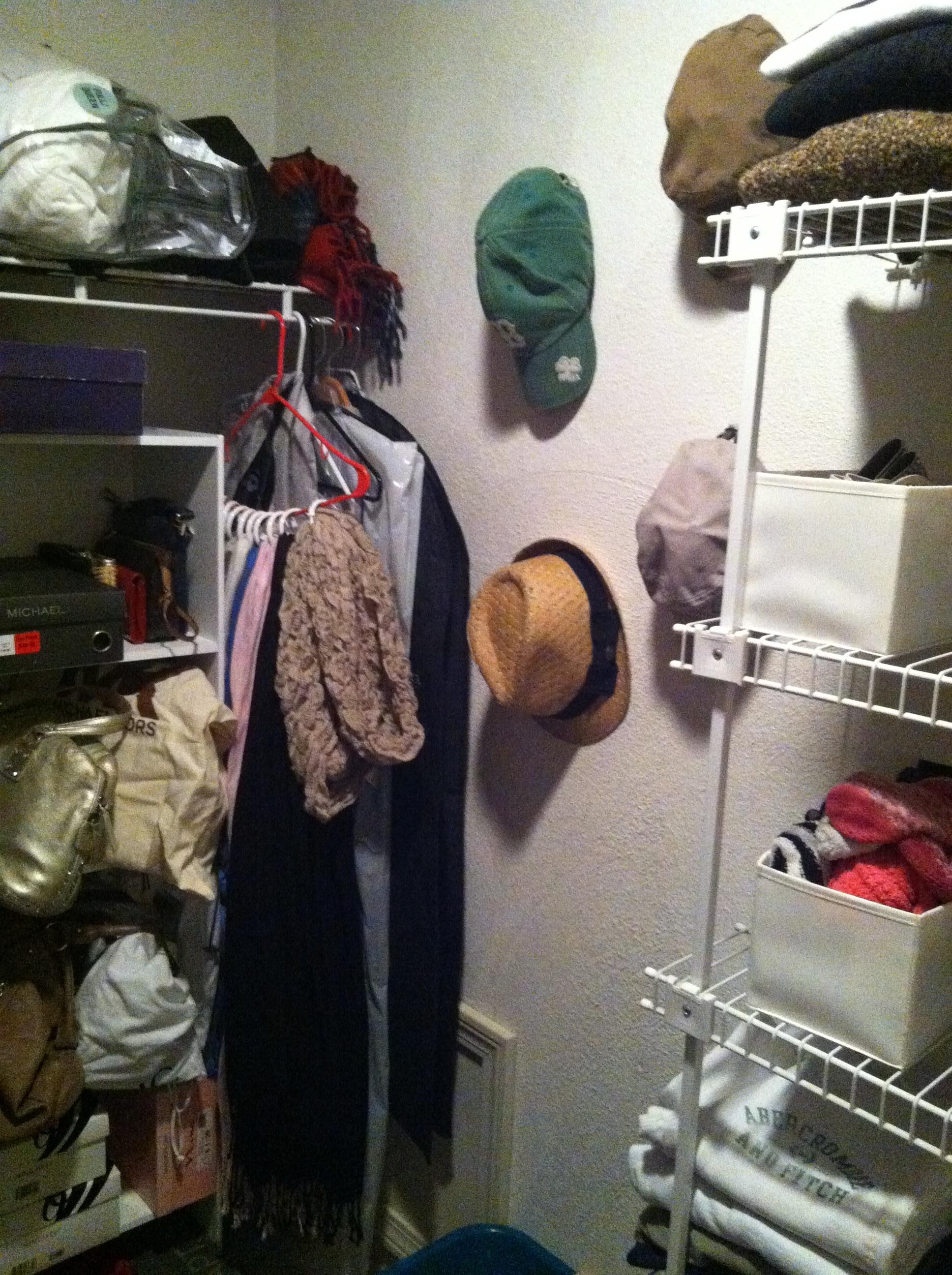 closet hats